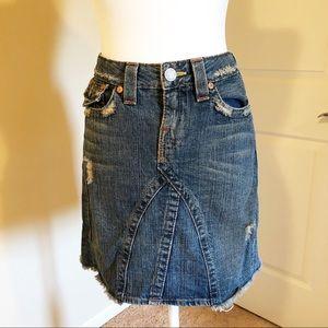 True Religion Joey distressed skirt size 28